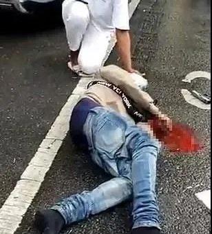 纽约枪击不断!一男子给老婆送伞被子弹误杀?